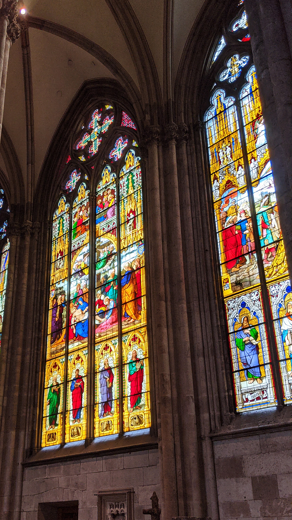 科隆大教堂玻璃窗